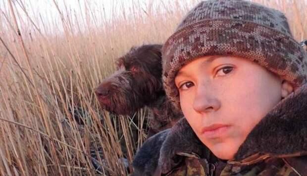 Денису Вашурину уже более 30 лет, но он выглядит 13-летним подростком