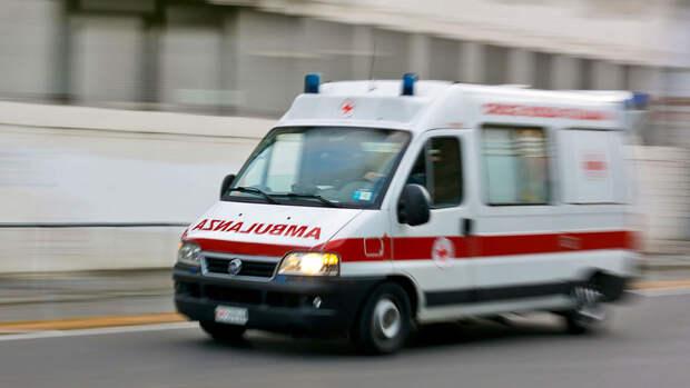 При подрыве автобуса в Афганистане погибли 16 человек