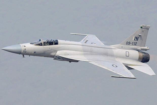 Пакистано-китайские JF-17M вытеснили российские МиГ-29