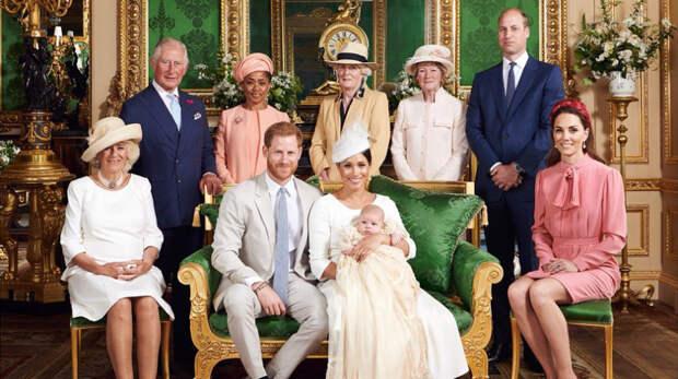 Британцы назвали 17-летнюю Луизу Винздор «секретным оружием» Елизаветы II