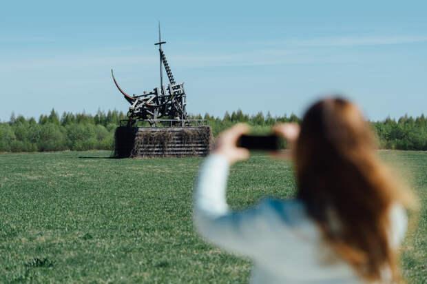 Деревня и арт-парк «Никола-Ленивец»