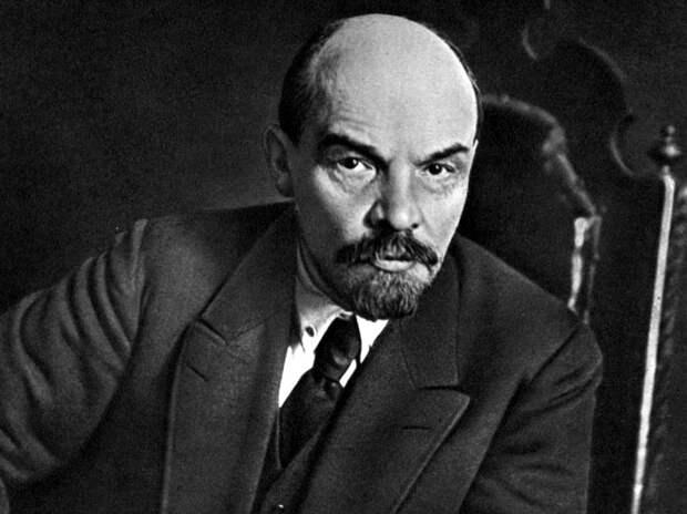 Зачем Петербургу многострадальное тело Ленина