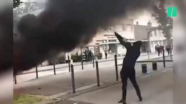 Французы в ужасе от столкновений в Дижоне чеченцев с арабами