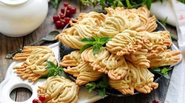 Вкусное печенье через мясорубку: изобретение советских хозяюшек