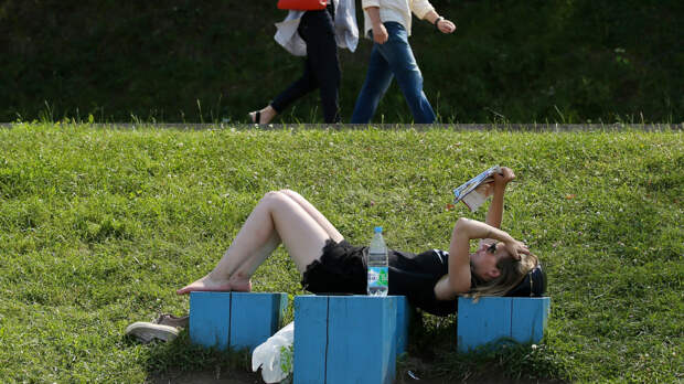 """Вильфанд предупредил о наступлении """"супержары"""" в ряде регионов России"""