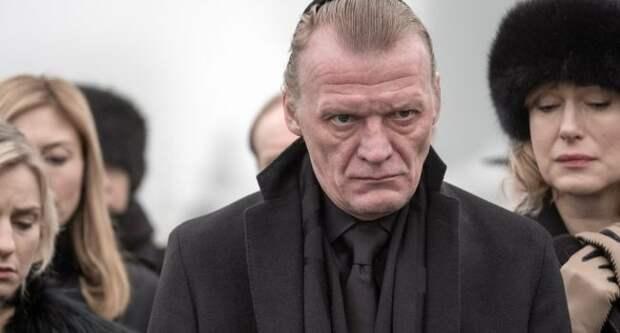 Актер Серебряков обвинил Россию в «разжигании войн», а россиян – в «псевдопатриотизме»