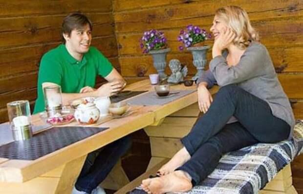 Анна Каменкова с сыном | Фото: uznayvse.ru