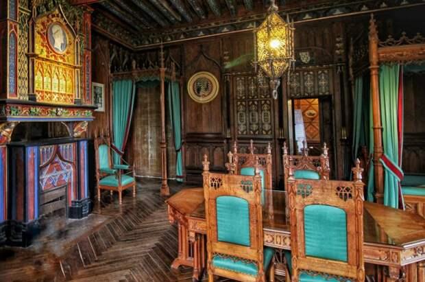 Одна из комнат замка Брезе
