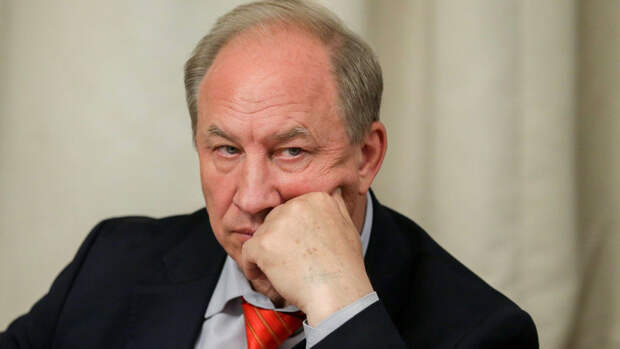 Отрицавший опасность коронавируса депутат Рашкин подхватил COVID-19