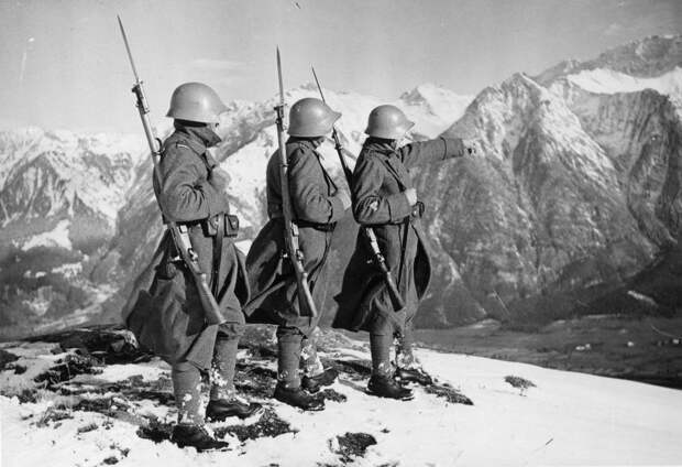 Какие три страны Европы отказались воевать с СССР на стороне Гитлера