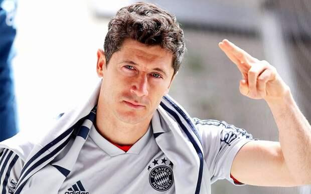 Румменигге: «Левандовски на данный момент — лучший футболист в мире. Он лучше Роналду и Месси»