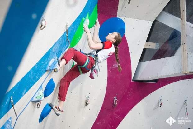 Девочка-паук из Новосибирска взяла золото на всероссийских соревнованиях