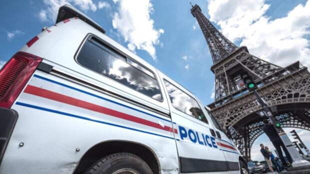 Макрону написали третье письмо о чрезвычайно серьезной ситуации с безопасностью во Франции