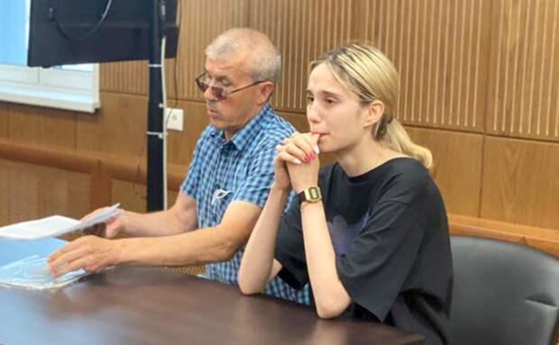 Загладила вину оплатой похорон: студентку на «Мазде», сбившую детей, оставили в СИЗО