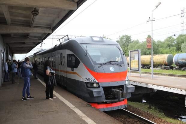 Поезда от «Трикотажной» отправляются с увеличенными интервалами движения