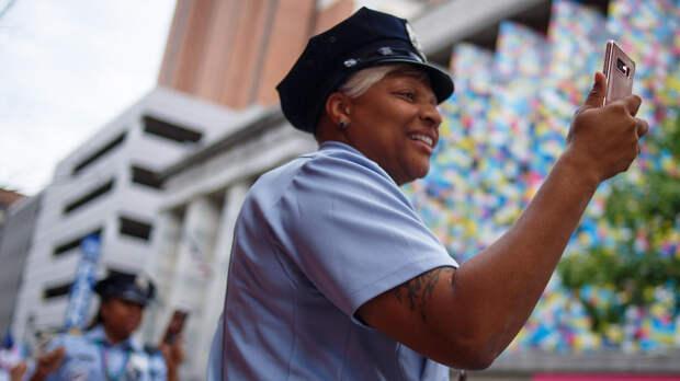 Полицейским запретили участвовать в гей-параде в Нью-Йорке