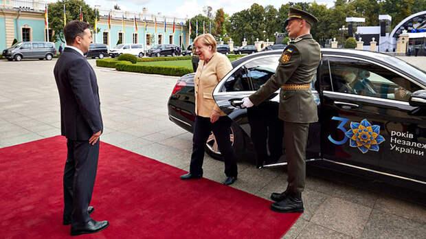 Силой прорываться не буду. Пять сенсаций прощального визита Меркель на Украину