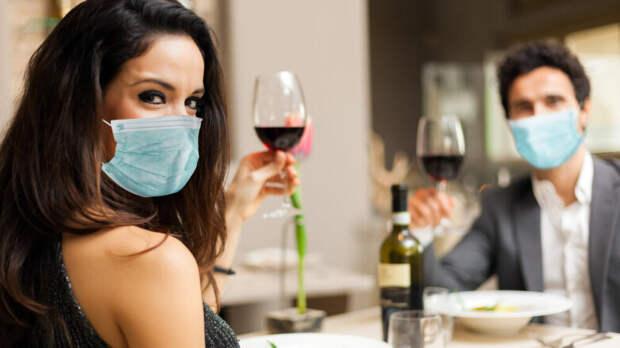 Как алкоголь влияет на организм переболевших COVID-19, предупредил нарколог