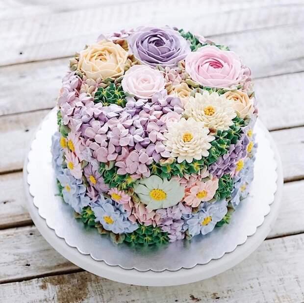 В предвкушении тепла: изумительные «цветочные» торты, которые подарят вам весеннее настроение
