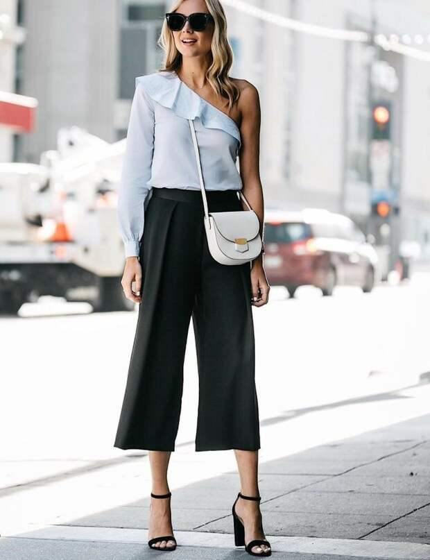 Модные черные брюки: 6 идей с чем их носить