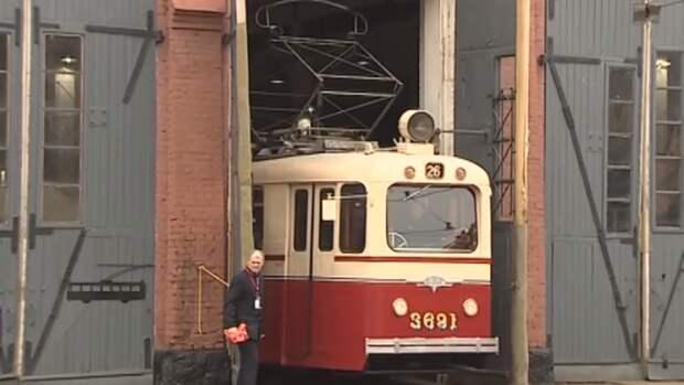 При столкновении двух трамваев в Казани пострадали четыре человека