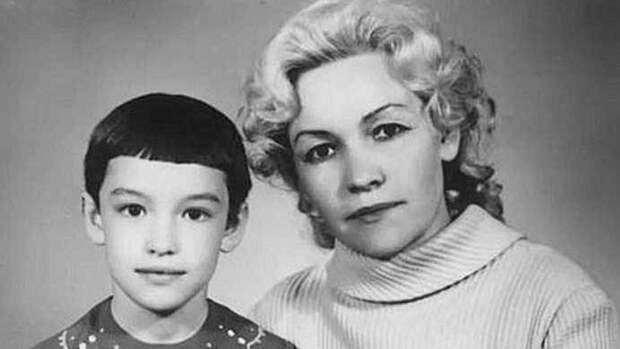 Анна Самохина с мамой