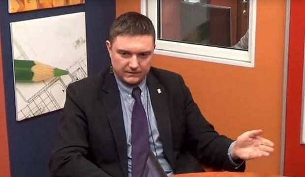 Депутат ЗакСа Цивилев предложил Смольному меры по борьбе с некачественным питанием в школах