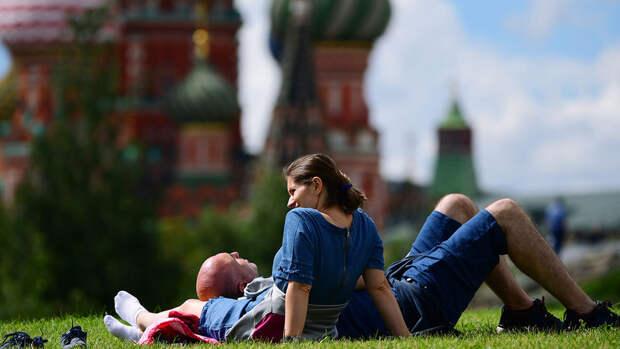 Метеоролог сообщил, что жару в Москве заменят ливни и грозы
