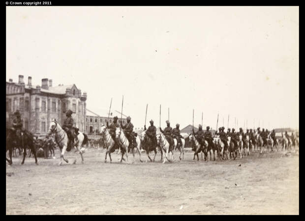 Бенгальские уланы уходят из Тяньцзиня в поход на Пекин
