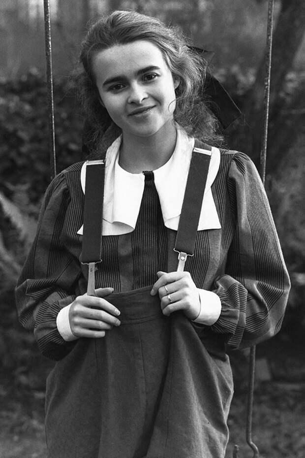 8 фото молодой Хелены Бонем Картер, которая уже тогда была похожа на красивую ведьму