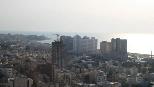 Врачи Тель-Авива сообщили о трех раненых после обстрела города со стороны ХАМАС