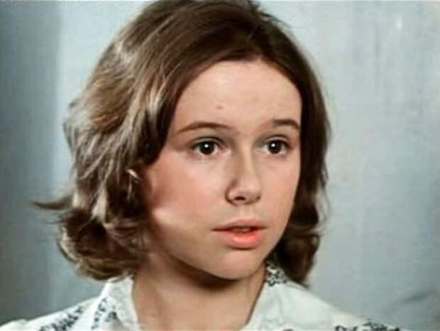 Евгения Симонова в роли Кати Снегиревой | Фото: kino-teatr.ru