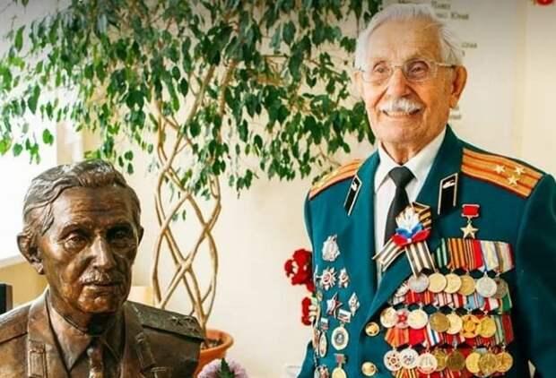 Легендарному сочинцу Павлу Сюткину исполнилось 98 лет