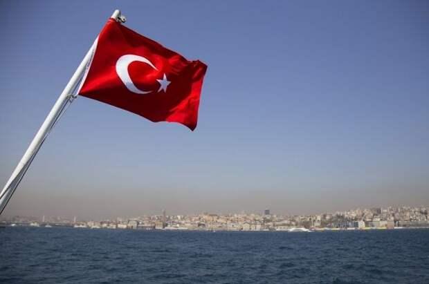 США уведомили Турцию о намерении направить военные корабли через Босфор