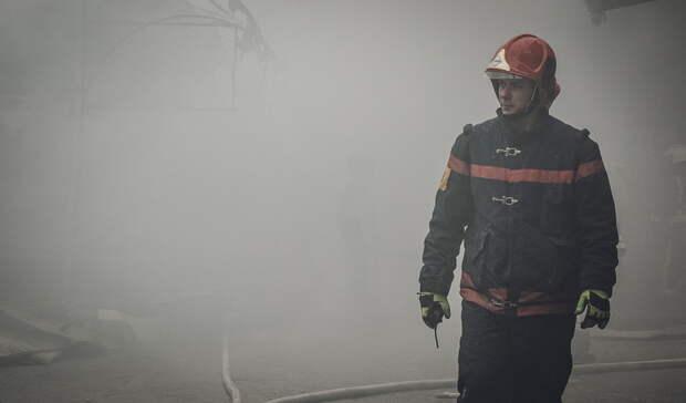 Без единственного жилья остались четыре семьи из-за пожара всадах вЕкатеринбурге