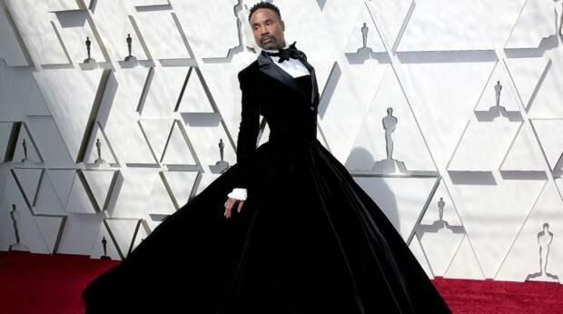 """Актер, сыгравший гендерно-нейтральную фею в """"Золушке"""", признался, что у него ВИЧ"""