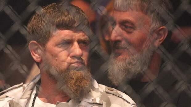 Чимаев поборолся с Кадыровым. Боец UFC опубликовал видео спарринга с главой Чеченской республики
