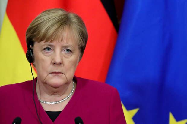 Меркель обсудила с Путиным протесты в Белоруссии