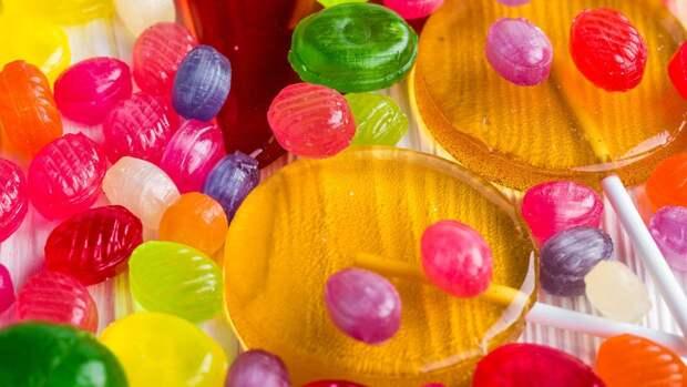 Врачи достали из уха ребенка зубы и конфету в Нижнем Новгороде