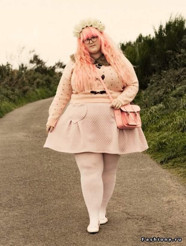 Картинки по запросу толстая женщина в платье
