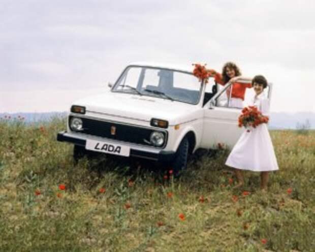 Картинки по запросу Роковые, экспортные и дешевые: вспоминаем серийные двухдверные автомобили СССР