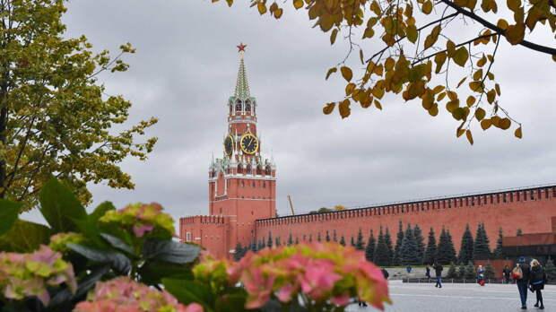 Облачная погода с прояснениями и температура до +8°C ожидают москвичей 26 октября