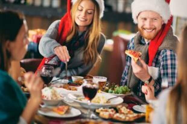 Как не объесться в новогоднюю ночь. Советы диетологов