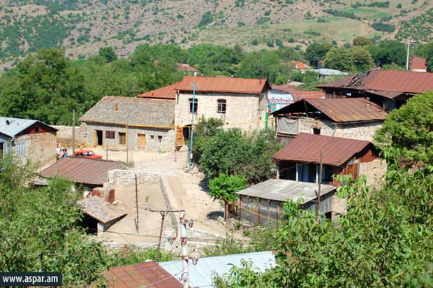 Штурмовые группы Азербайджана взяли под контроль село Мец Тахлар в Карабахе