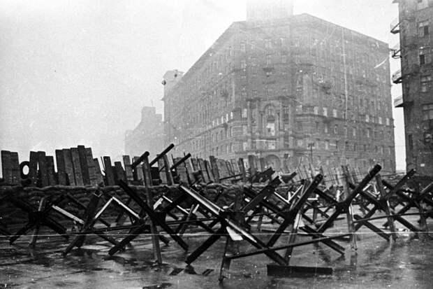 День стойкости: 80 лет назад в Москве ввели осадное положение