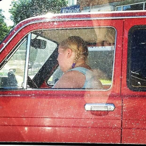 Наверное не так вам представлялась блондинка на красной машинке женщины, мужчины, прикол, юмор