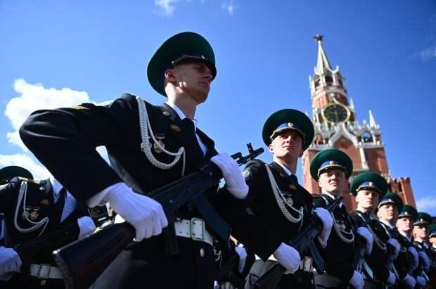 На Красной площади проходит генеральная репетиция парада Победы