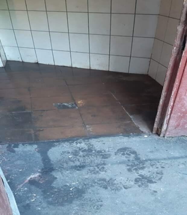 В доме на улице Академика Бочвара мусоропровод привели в порядок – Жилищник