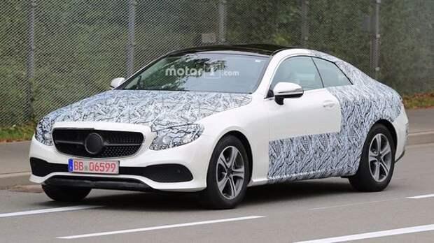 На одно лицо: купе Mercedes-Benz Е-класса срывает покров тайны