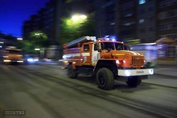 Томские пожарные спасли 45 человек из горящего дома